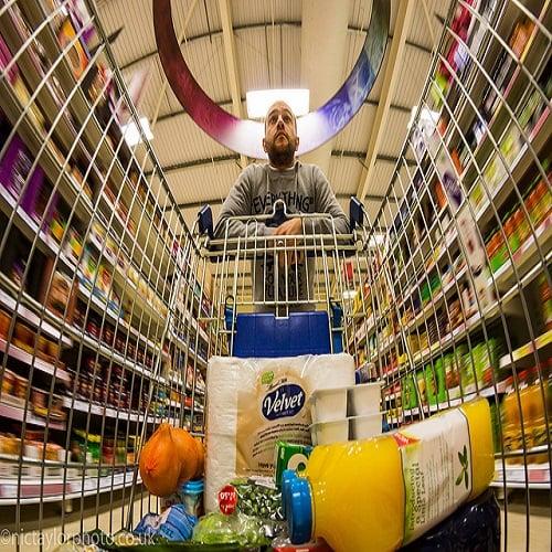 Superarketit vs. pikkukauppiaat